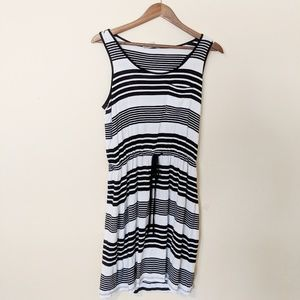 Olive and Oak Black and White Striped Dress Small